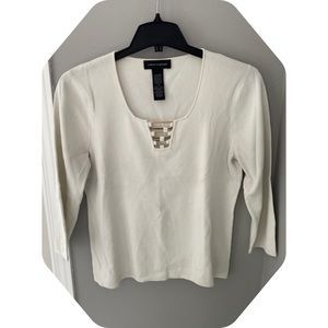 Cαble&Gαuge - Off white shirt w gold αccent @ neck